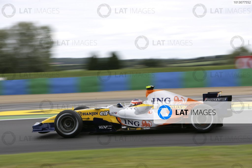 2007 French Grand Prix - Friday PracticeCircuit de Nevers Magny Cours, Nevers, France.29th June 2007.Heikki Kovalainen, Renault R27. Action. World Copyright: Andrew Ferraro/LAT Photographicref: Digital Image VY9E1783