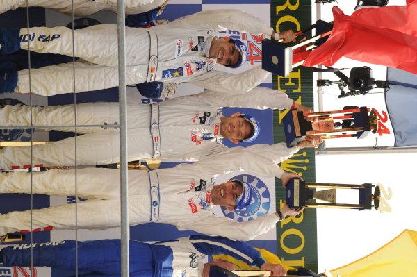 Circuit de La Sarthe, Le Mans, France.8th - 14th June 2009. Marc Gene/Alex Wurz/David Brabham, No 9 Peugeot 908 HDi, 1st position, on the podium. Portrait. Podium. World Copyright: Jeff Bloxham/LAT Photographic Photographic Ref: DSC_6935 JPG