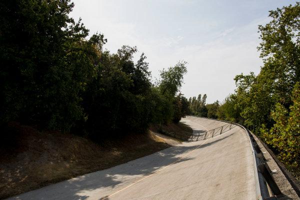 2017 FIA Formula 2 Round 9. Autodromo Nazionale di Monza, Monza, Italy. Thursday 31 August 2017. The old Monza banking. Photo: Zak Mauger/FIA Formula 2. ref: Digital Image _56I4888