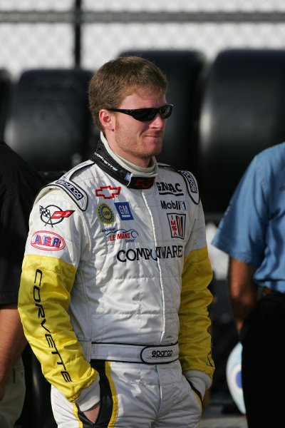 2004 American Le Mans Series (ALMS)Infineon Grand Prix of Sonoma, Sears Point. 16th - 18th July. Dale Earnhardt Jr. Sunday am, prior to getting 10 minutes prior to getting into car for race day warm up session.World Copyright: Richard Dole/LAT Photographicref: Digital Image Only