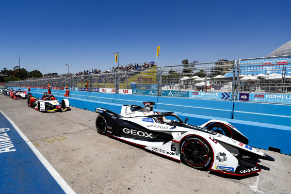 Maximilian Günther (DEU), Dragon Racing, Penske EV-3 lines up in the pit lane, followed by Daniel Abt (DEU), Audi Sport ABT Schaeffler, Audi e-tron FE05