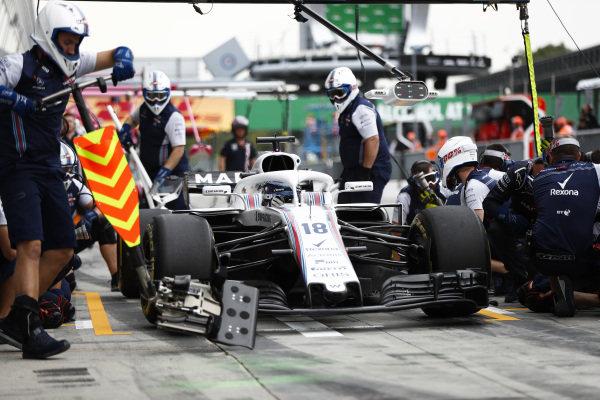 Lance Stroll, Williams FW41 Mercedes, pits.