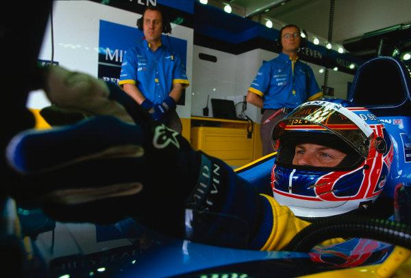 2002 San Marino Grand Prix.Imola, Italy.12-14 April 2002.Jenson Button (Renault) 5th position.Ref-02 SM 15.World Copyright - LAT Photographic