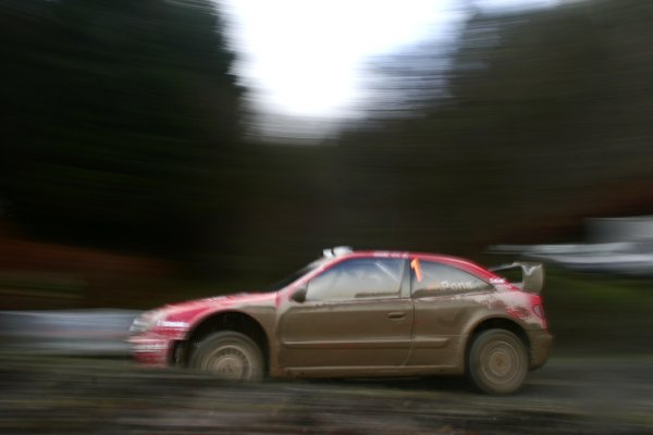 2006 World Rally Championship.Round 16, Wales Rally GB. 1st - 3rd  December 2006.Xavier Pons/Carlos Del Barrio Xsara WRC.Action.World Copyright: Drew Gibson/LAT Photographic.Ref: Digital Image Only.