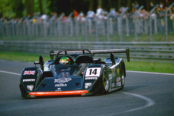 1997 Le Mans 24 Hours. Le Mans, France. 14th - 15th June 1997. Harri Toivonen/Jesus Pareja/Eliseo Salazar (BRM P301), retired, action.  World Copyright: LAT Photographic. Ref:  97LM22