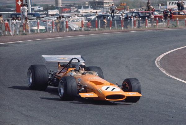 1970 Spanish Grand Prix.Jarama, Madrid, Spain.17-19 April 1970.Bruce McLaren (McLaren M14A Ford) 2nd position.Ref-70 ESP 03.World Copyright - LAT Photographic