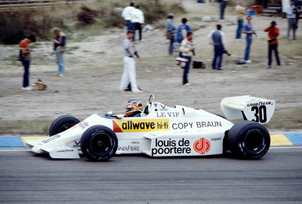 Thierry Boutsen Photos
