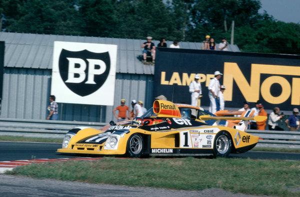 Le Mans, France. 10-11 June 1978.Jean-Pierre Jabouille/Patrick Depailler (Renault-Alpine A443), retired, action. World Copyright: LAT Photographic.Ref: 78LM09.
