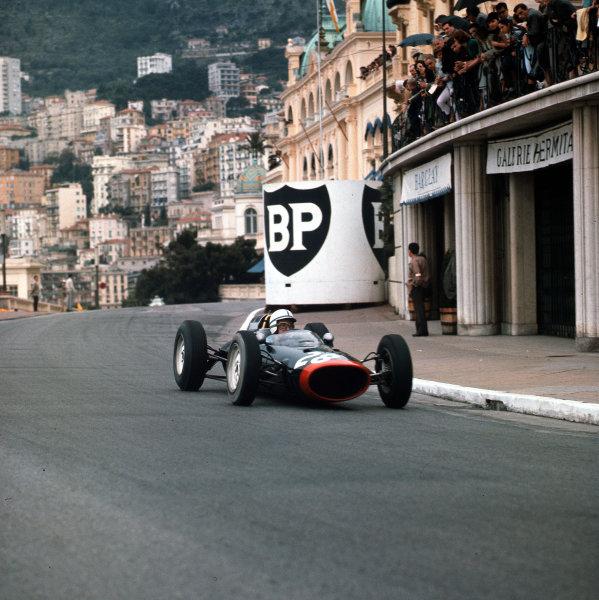 Monte Carlo, Monaco.31/5-3/6 1962.John Surtees (Lola Mk4 Climax) 4th position.Ref-3/0494.World Copyright - LAT Photographic