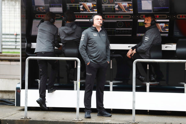 Shanghai International Circuit, Shanghai, China.  Friday 07 April 2017. Eric Boullier, Racing Director, McLaren, keeps an eye on the weather from the pit wall. World Copyright: Steven Tee/LAT Images ref: Digital Image _R3I2220