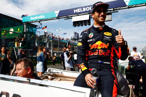 Albert Park, Melbourne, Australia. Sunday 26 March 2017. Daniel Ricciardo, Red Bull Racing, on the drivers' parade. World Copyright: Andy Hone/LAT Images ref: Digital Image _ONY2287