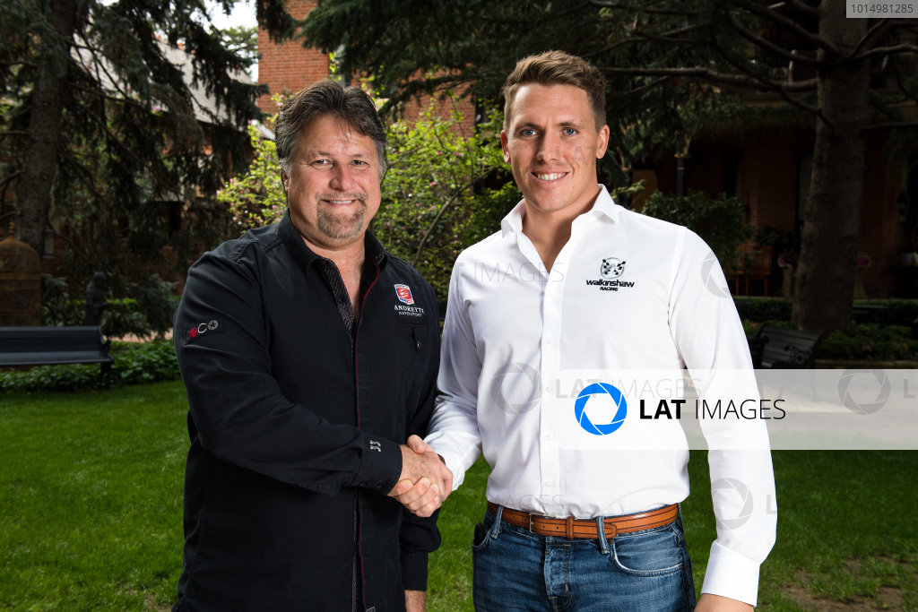 2017 Supercars Championship Round 11.  Bathurst 1000, Mount Panorama, New South Wales, Australia. Tuesday 3rd October to Sunday 8th October 2017. Michael Andretti, Andretti Autosport, Ryan Walkinshaw, Walkinshaw Racing.  World Copyright: Daniel Kalisz/LAT Images Ref: Digital Image 051017_VASCR11_DKIMG_3489.jpg