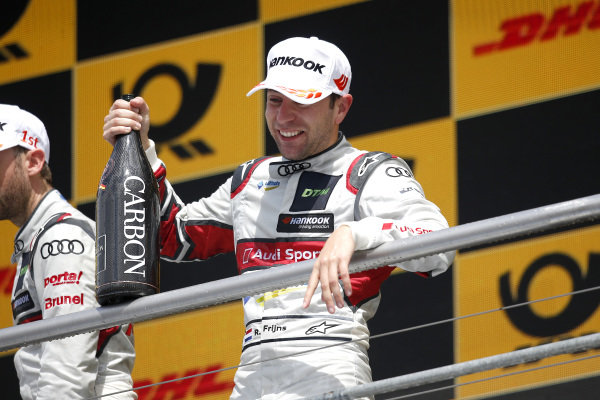 Podium: Robin Frijns, Audi Sport Team Abt Sportsline.