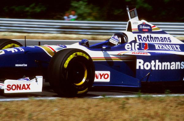 Hungaroring, Budapest, Hungary.9-11 August 1996.Damon Hill (Williams FW18 Renault) 2nd position.Ref-96 HUN 12.World Copyright - LAT Photographic
