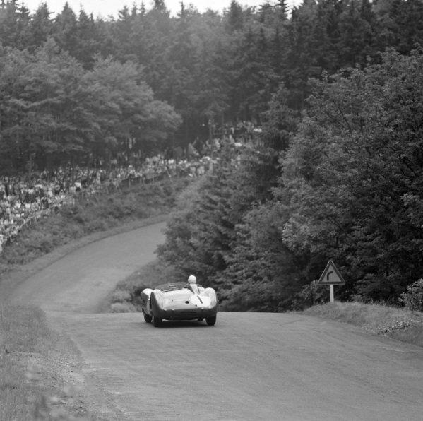 Stirling Moss / Jack Fairman, David Brown, Aston Martin DBR1/300.