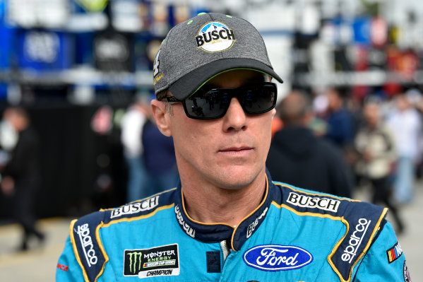 Monster Energy NASCAR Cup Series First Data 500 Martinsville Speedway, Martinsville VA USA Saturday 28 October 2017 Kevin Harvick, Stewart-Haas Racing, Busch NA Ford Fusion World Copyright: Scott R LePage LAT Images ref: Digital Image lepage-171028-mart-3204