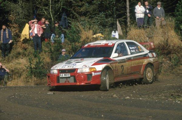 1998 World Rally Championship. Network Q RAC Rally, Great Britain. 21-24 November 1998. Richard Burns/Robert Reid (Mitsubishi Carisma GT Evo5), 1st position. World Copyright: Elford/LAT Photographic Ref: 35mm transparency 98RALLY11