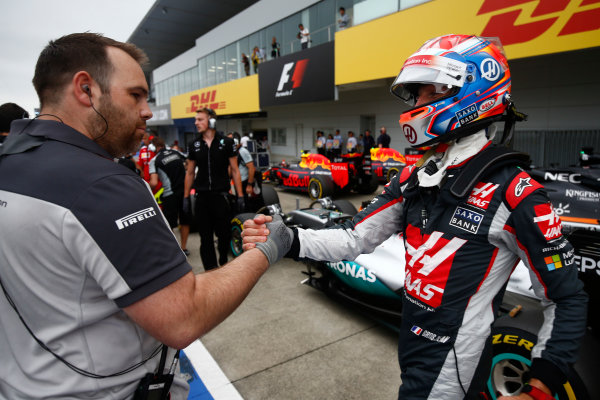 Suzuka Circuit, Japan. Saturday 8 October 2016. Romain Grosjean, Haas F1, celebrates a successful Qualifying session. World Copyright: Andrew Hone/LAT Photographic ref: Digital Image _ONZ4716
