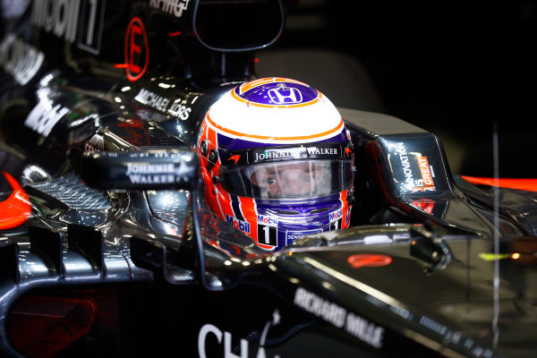 Autodromo Hermanos Rodriguez, Mexico City, Mexico. Friday 28 October 2016. Jenson Button, McLaren. World Copyright: Steven Tee/LAT Photographic ref: Digital Image _O3I2068