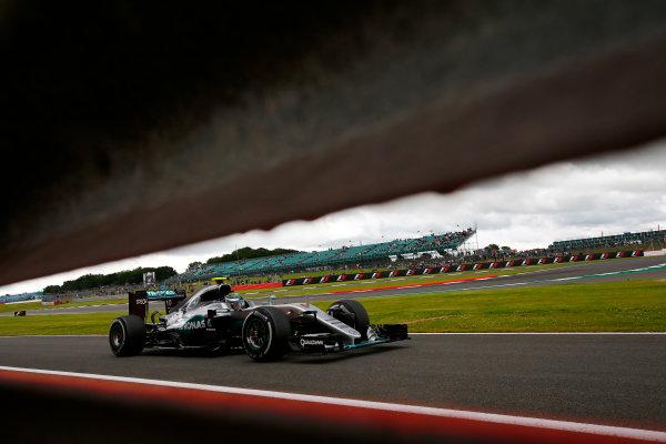 Silverstone, Northamptonshire, UK Friday 08 July 2016. Nico Rosberg, Mercedes F1 W07 Hybrid. World Copyright: Andy Hone/LAT Photographic ref: Digital Image _ONY7282