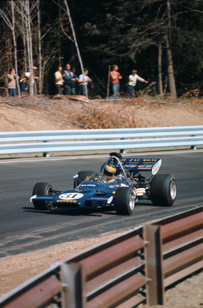 1971 United States Grand Prix.  Watkins Glen, New York, USA. 1st-3rd October 1971.  Mark Donohue, McLaren M19A Ford.  Ref: 71USA28. World Copyright: LAT Photographic