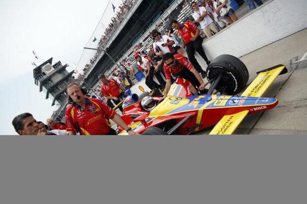 21-22 May, 2011, Indianapolis, Indiana, USASebastien Saavedra gets pushed down the qualifying line©2011, Maria W. GradyLAT Photo USA