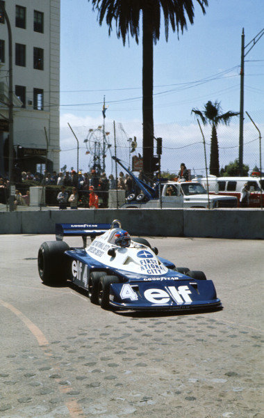 1977 United States Grand Prix West.Long Beach, California, USA.1-3 April 1977.Patrick Depailler (Tyrrell P34 Ford) 4th position.Ref-77 LB 04.World Copyright - LAT Photographic