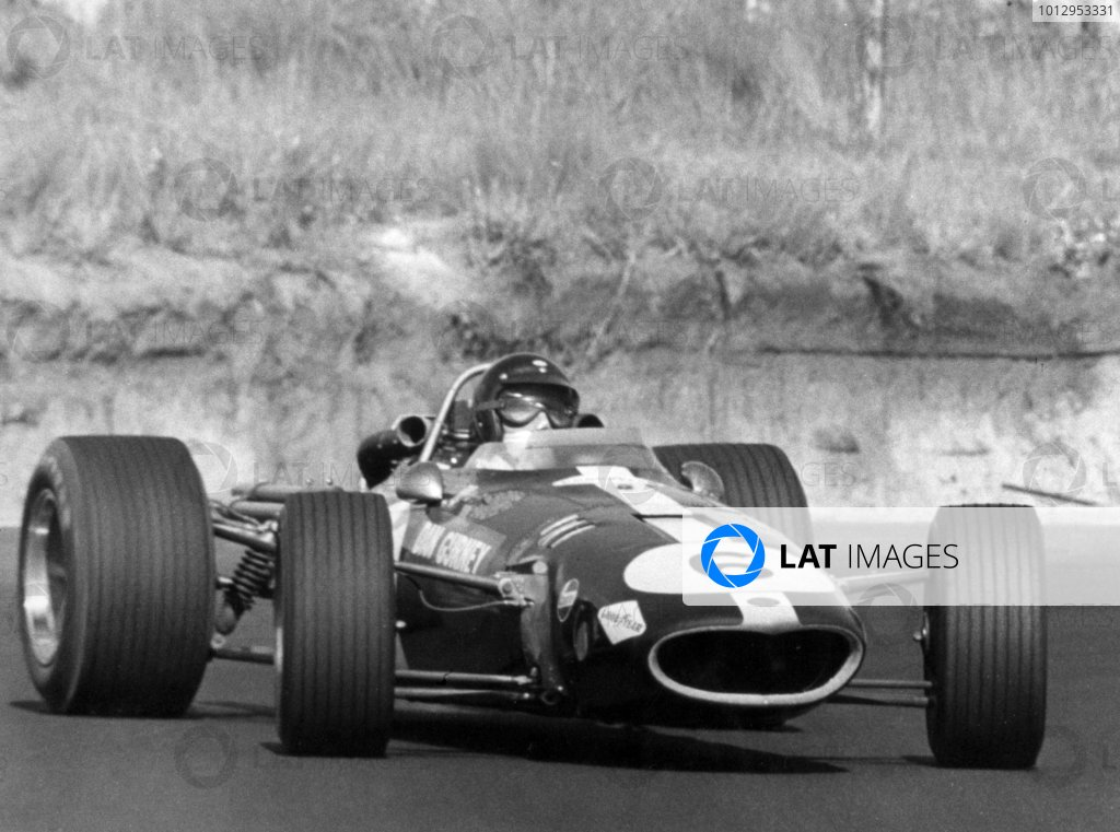1968 South African Grand Prix.Kyalami, South Africa. 1 January 1968.Dan Gurney, Eagle AAR104-Weslake, retired, action.World Copyright: LAT PhotographicRef: Autosport b&w print
