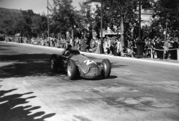 1951 Spanish Grand Prix.Pedralbes, Barcelona, Spain. 28 October 1951.Felice Bonetto (Alfa Romeo 159), 5th position. Ref-51/65 #32A.World Championship - LAT Photographic