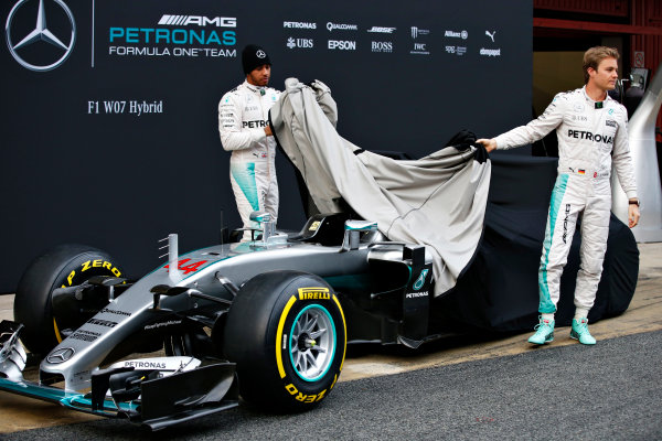 Circuit de Catalunya, Barcelona, Spain Monday 22 February 2016. Nico Rosberg, Mercedes AMG, and Lewis Hamilton, Mercedes AMG, unveil the Mercedes F1 W07 Hybrid. World Copyright: Glenn Dunbar/LAT Photographic ref: Digital Image _W2Q0555