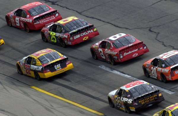 "NASCAR Winston Cup Aaron's 499, Talladega Superspeedway, Talladega,Alabama, USA 6 April,2003Dale Earnhardt ,Jr. (#8) hunts for a way through traffic in turn one following the ""Big Crash"" .-F Peirce Williams/LAT Photographic 2003"