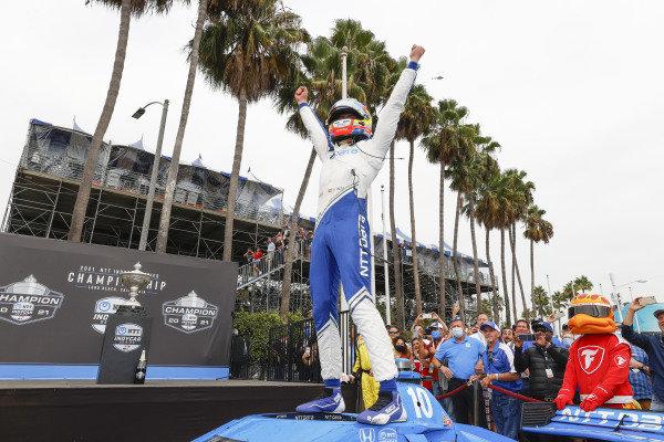 #10: Alex Palou, Chip Ganassi Racing Honda, ntt champion, celebration