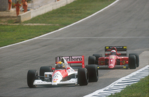 1990 Spanish Grand Prix.Jerez, Spain.28-30 September 1990.Ayrton Senna (McLaren MP4/5B Honda) leads Alain Prost (Ferrari 641) from early on in the race. Senna exited the race after he had a holed radiator and Prost finished in 1st position.Ref-90 ESP 25.World Copyright - LAT Photographic