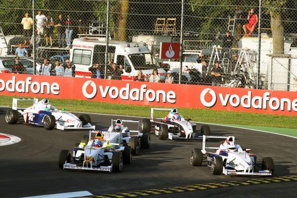 Carlos Sainz Jnr (ESP) Eurointernational and Maciej Bernacik (POL) Mucke-Motorsport. Formula BMW Europe, Rds 12 & 13, Monza, Italy, 10-12 September 2010.