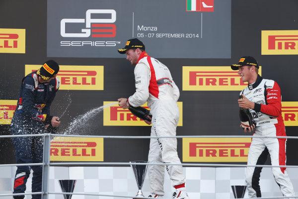 2014 GP3 Series. Round 7.   Autodromo di Monza, Monza, Italy.  Sunday 7 September 2014. Dean Stoneman (GBR, Marussia Manor Racing), Alex Lynn (GBR, Carlin) & Marvin Kirchhofer (GER, ART Grand Prix)  Photo: Sam Bloxham/GP2 Series Media Service. ref: Digital Image _SBL2745