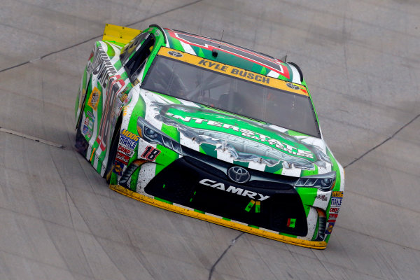 2-4 October, 2015, Dover, Delaware USA Kyle Busch, Interstate Batteries Toyota Camry ?2015, Russell LaBounty LAT Photo USA