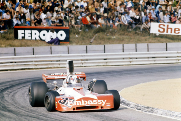 1974 South African Grand Prix. Kyalami, South Africa. 30th March 1974. Eddie Keizan (Tyrrell 004-Ford), 14th position, action.  World Copyright: LAT Photographic.  Ref: 74SA EK02