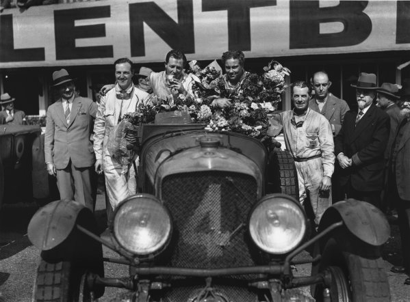 Le Mans, France. 21st - 22nd June 1930.Woolf Barnato/Glen Kidston (Bentley Speed Six), 1st position, with 2nd placed drivers Richard Watney (left) and Frank Clement on either side, portrait. Ref: B4195.World Copyright: LAT Photographic.