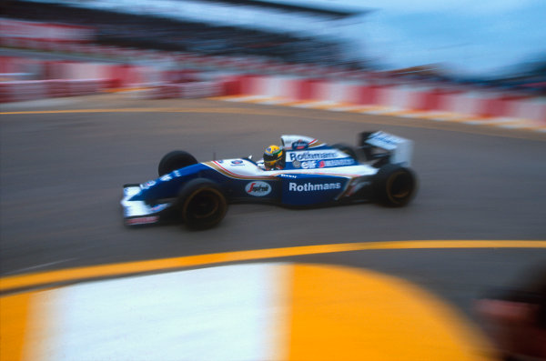 Interlagos, Sao Paulo, Brazil.25-27 March 1994.Ayrton Senna (Williams FW16 Renault). Whilst pushing hard to try and catch Michael Schumacher he spun and stalled. Ref-94 BRA 04.World Copyright - LAT Photographic