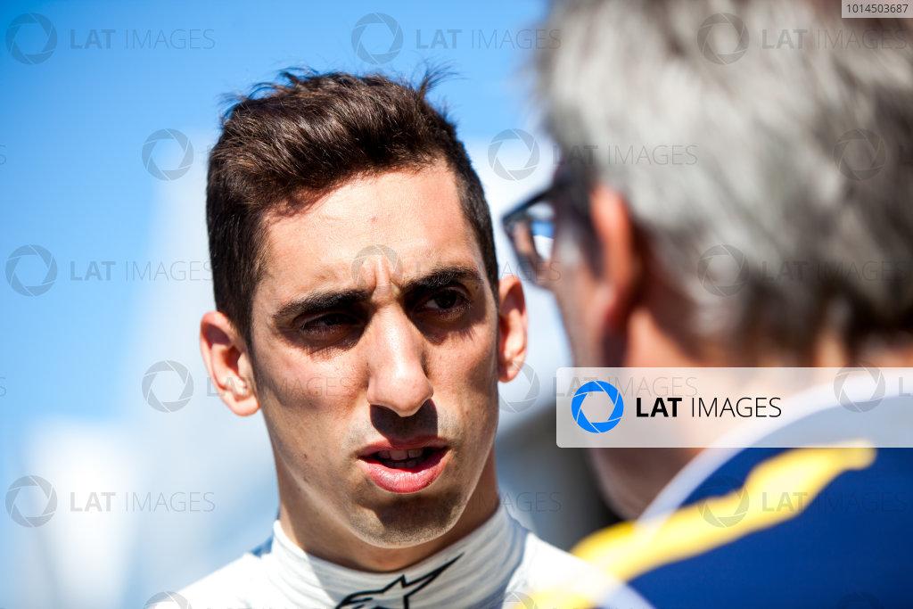 2015/2016 FIA Formula E Championship. Testing, Punta del Este, Uruguay. Sunday 20 December 2015. Sebastien Buemi (SUI), Renault e.Dams Z.E.15. Photo: Zak Mauger/LAT/Formula E ref: Digital Image _MG_5765