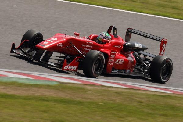 2015 Japanese Formula 3 Championship. Suzuka, Japan. 18th - 19th April 2015. Rd 1 & 2. Rd.1 2nd position Keishi Ishikawa ( #2 TODA FIGHTEX ) action World Copyright: Yasushi Ishihara/LAT Photographic. Ref: 2015JF3_Rd1&2_007