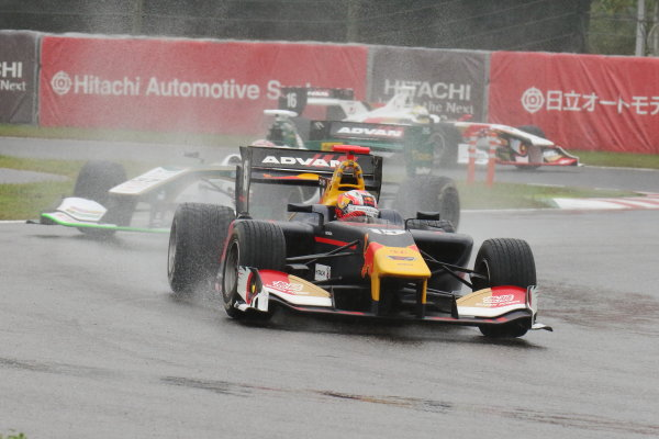 2017 Japanese Super Formula. Suzuka, Japan. 21st - 22nd October 2017. Rd 7. Cancelled race due to Typhoon. 2017 Driver?s 2nd position & Rookie of the Year Pierre Gasly ( #15 TEAM MUGEN SF14 ) action World Copyright: Yasushi Ishihara / LAT Images. Ref: 2017_SF_Rd7_014