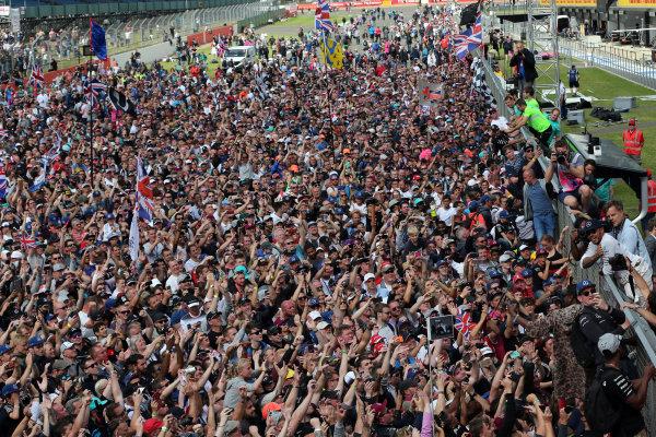 Round 10 - British Grand Prix, Silverstone, Northamptonshire, UK Sunday 10 July 2016. Lewis Hamilton (GBR) Mercedes World Copyright: Jakob Ebrey/LAT Photographic