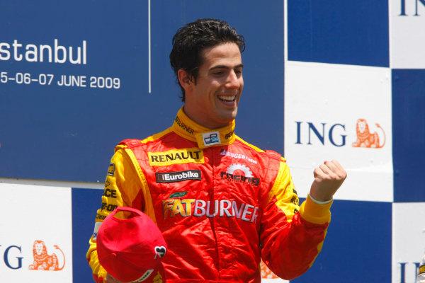 Sunday Race. 7th June 2009. Lucas Di Grassi (BRA, Fat Burner Racing Engineering) celebrates his victory on the podium. World Copyright: Charles Coates/ GP2 Series Media Service.Ref: _26Y5657 jpg