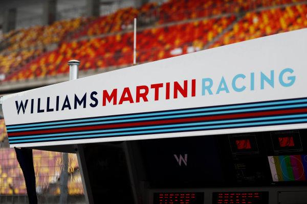 Shanghai International Circuit, Shanghai, China.  Thursday 06 April 2017. The  Williams pit gantry on the pit wall. World Copyright: Glenn Dunbar/LAT Images ref: Digital Image _X4I4824