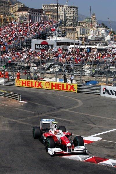 Timo Glock (GER) Toyota TF109. Formula One World Championship, Rd 6, Monaco Grand Prix, Race, Monte-Carlo, Monaco, Sunday 24 May 2009.