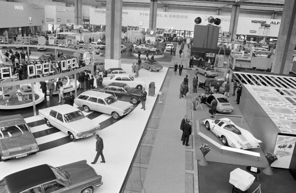 Overview of the Opel and Porsche stands.