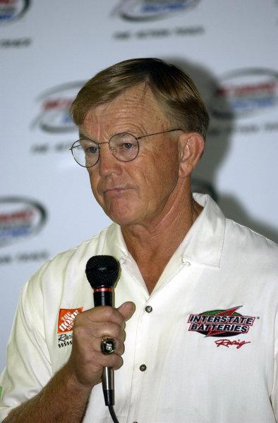 2002 NASCAR,Richmond Intl. Raceway,Sept 06-07, 20022002 NASCAR, Richmond,Va . USA -Joe Gibbs is once again on stage to defend his drivers actions,Copyright-Robt LeSieur2002LAT Photographic