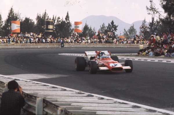 1970 Mexican Grand Prix.Mexico City, Mexico.23-25 October 1970.Jacky Ickx (Ferrari 312B) 1st position.Ref-70 MEX 67.World Copyright - LAT Photographic