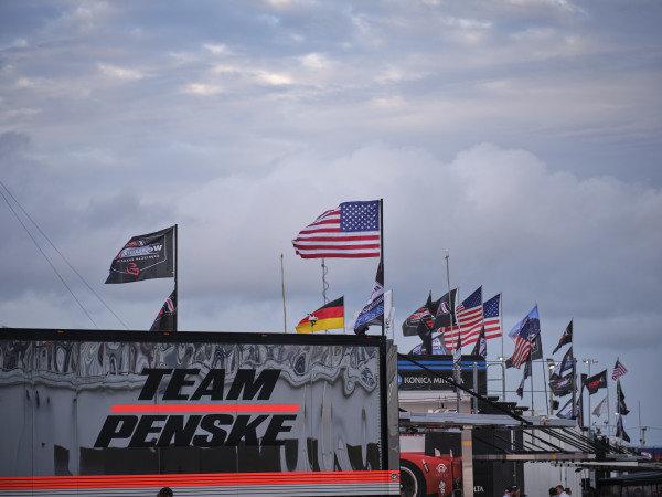 #7 Acura Team Penske Acura DPi, DPi: Helio Castroneves, Ricky Taylor, Alexander Rossi  transporter